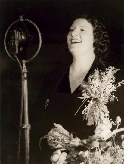 Gladys Moncrieff 1937