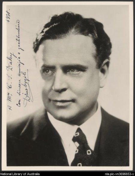 Italian tenor Dino Borgioli, 1938