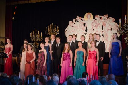 Opera candlelit 2013